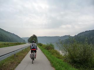 carril bici en el Danubio