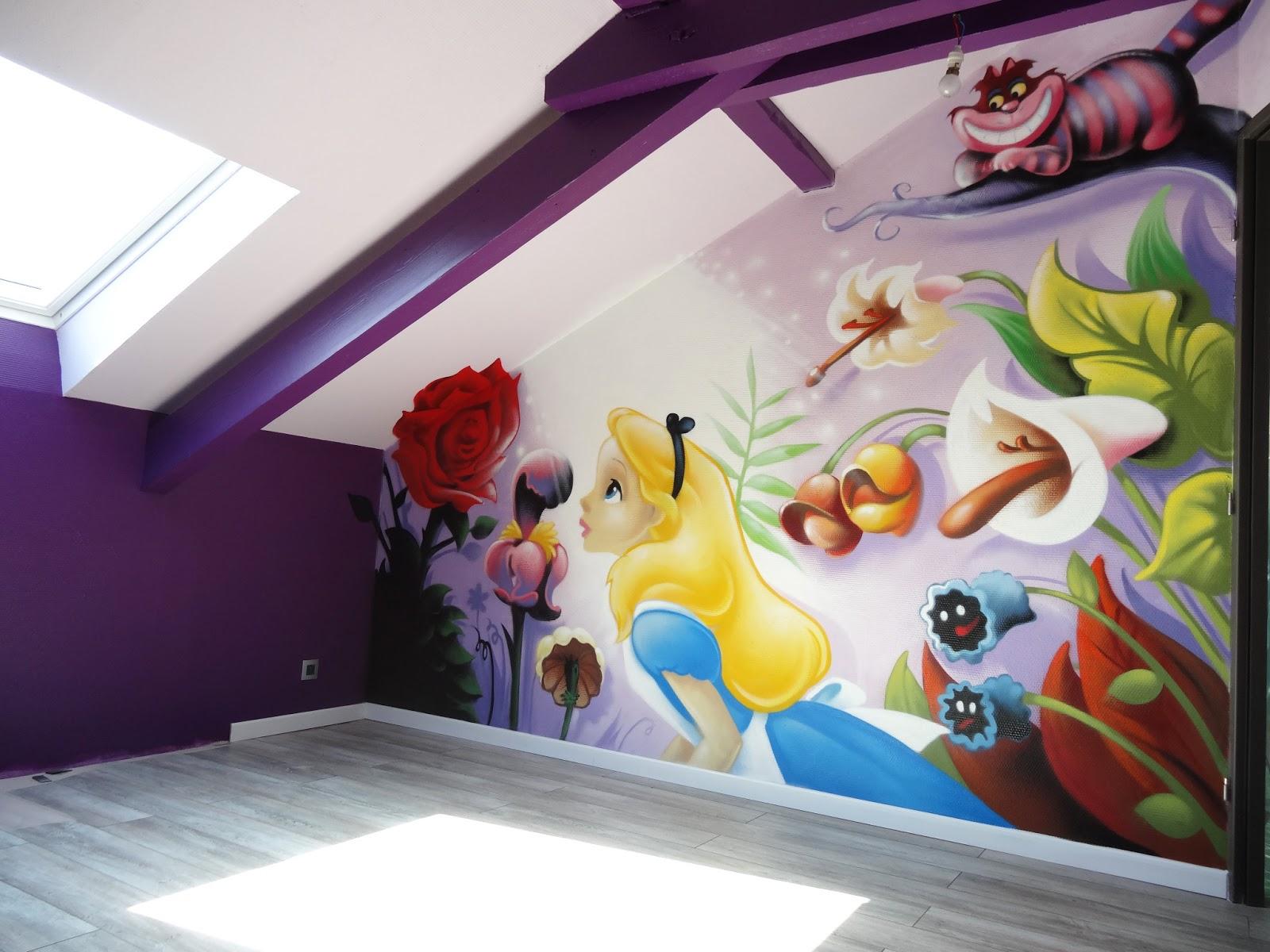 Gimus d coration chambre d 39 enfant graffiti alice au pays des merveilles - Decoration chambre psychedelique ...