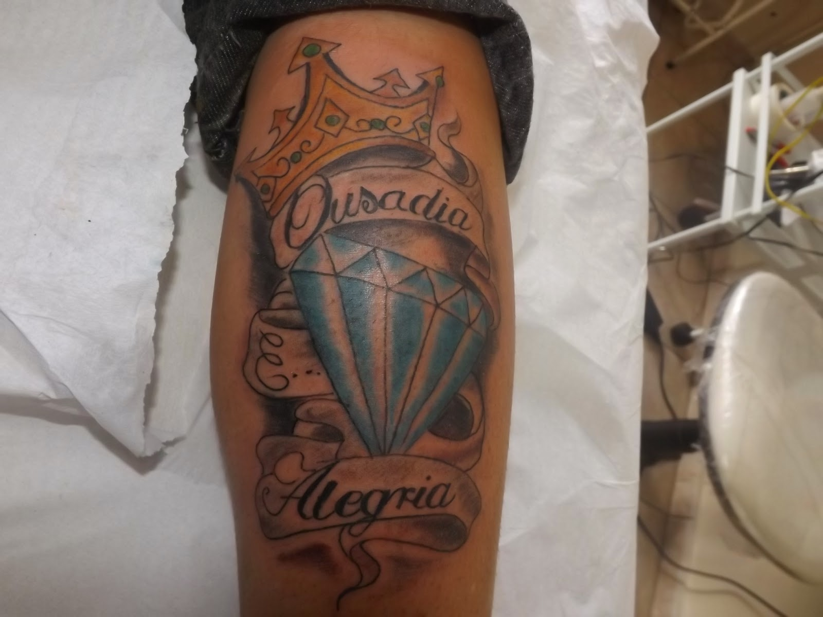 Suficiente Leco's Tattoo: Coroa com diamante OK37