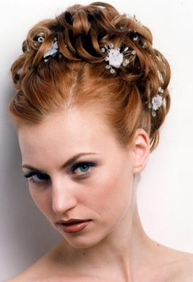 Trend Bridesmaid Hairstyle 3