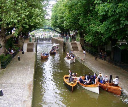 A day at canal st martin paris secr te - Canal saint martin restaurant ...