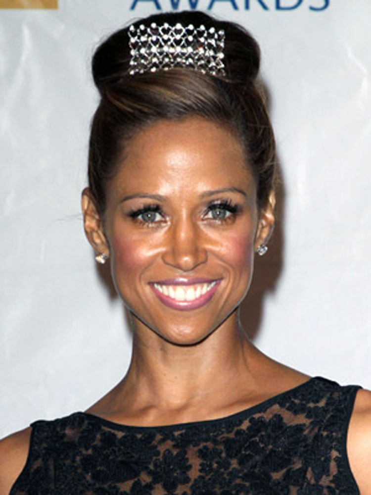 Stacey Dash Fresh Brunette Hairstyles