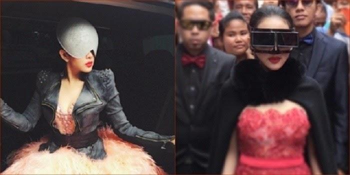 Berkostum Aneh, Syahrini Jadi Saingan Lady Gaga