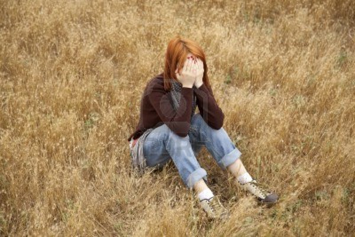 http://2.bp.blogspot.com/-YV3yilGiSLs/UCsiv6ZF6CI/AAAAAAAAIL8/OFQwCx6_2Qo/s1600/sad%20girls%20(2).jpg