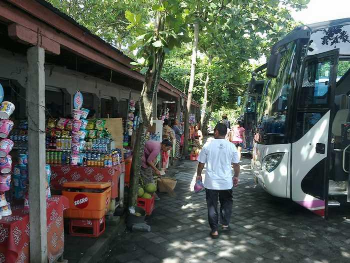 Sangeh Bali - Stall food vendors