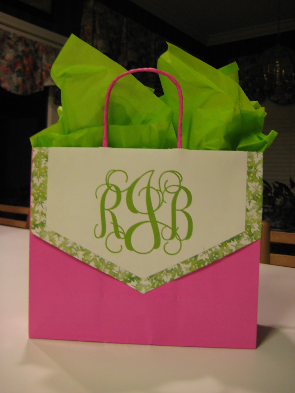 Sweet tea pearls decorating gift bags for mother s day