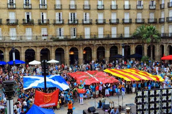 Escocia. Catalunya. Euskal Herria. Independencia, consulta y derecho de autodeterminación.