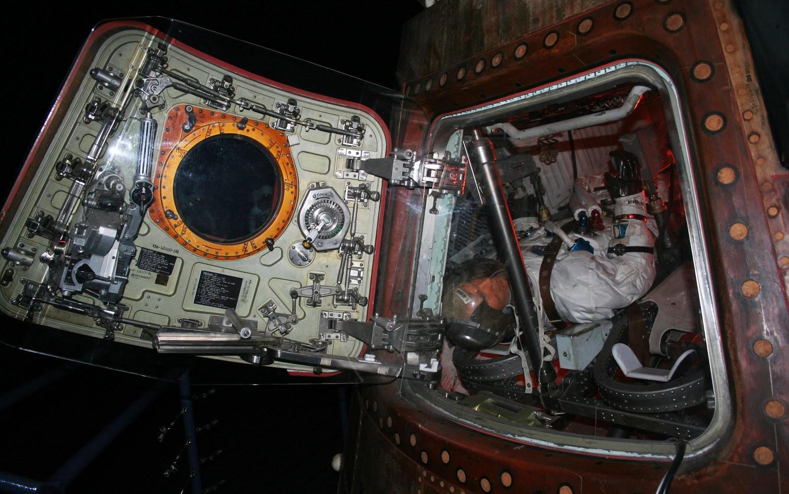 apollo 17 capsule - photo #16