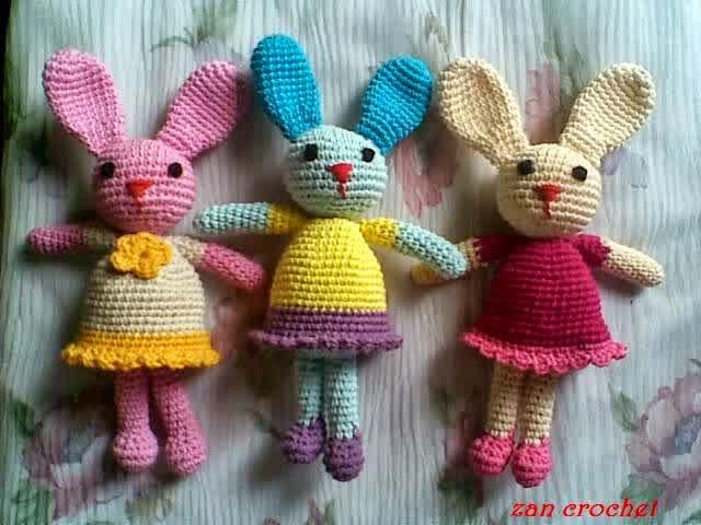 Free Crochet Dutch Rabbit Pattern : Amigurumi Bunny ?Si Kelinci? ~ Zan Crochet