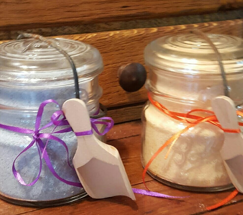 MAKE YOUR OWN BATH SALTS - Great for Mother's Day