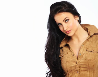 Elli Avram, Elli Avram hot photos, Elli Avram photos, Elli Avram bikini photos
