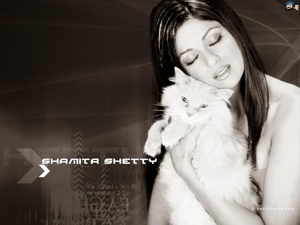Koleksi Foto Shamita Shetty Terseksi 2