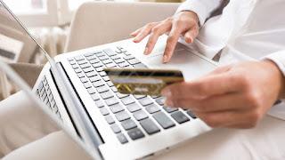 memanfaatkan kartu kredit