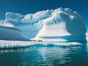 pole at antartica , tempat aneh dan nyata di dunia