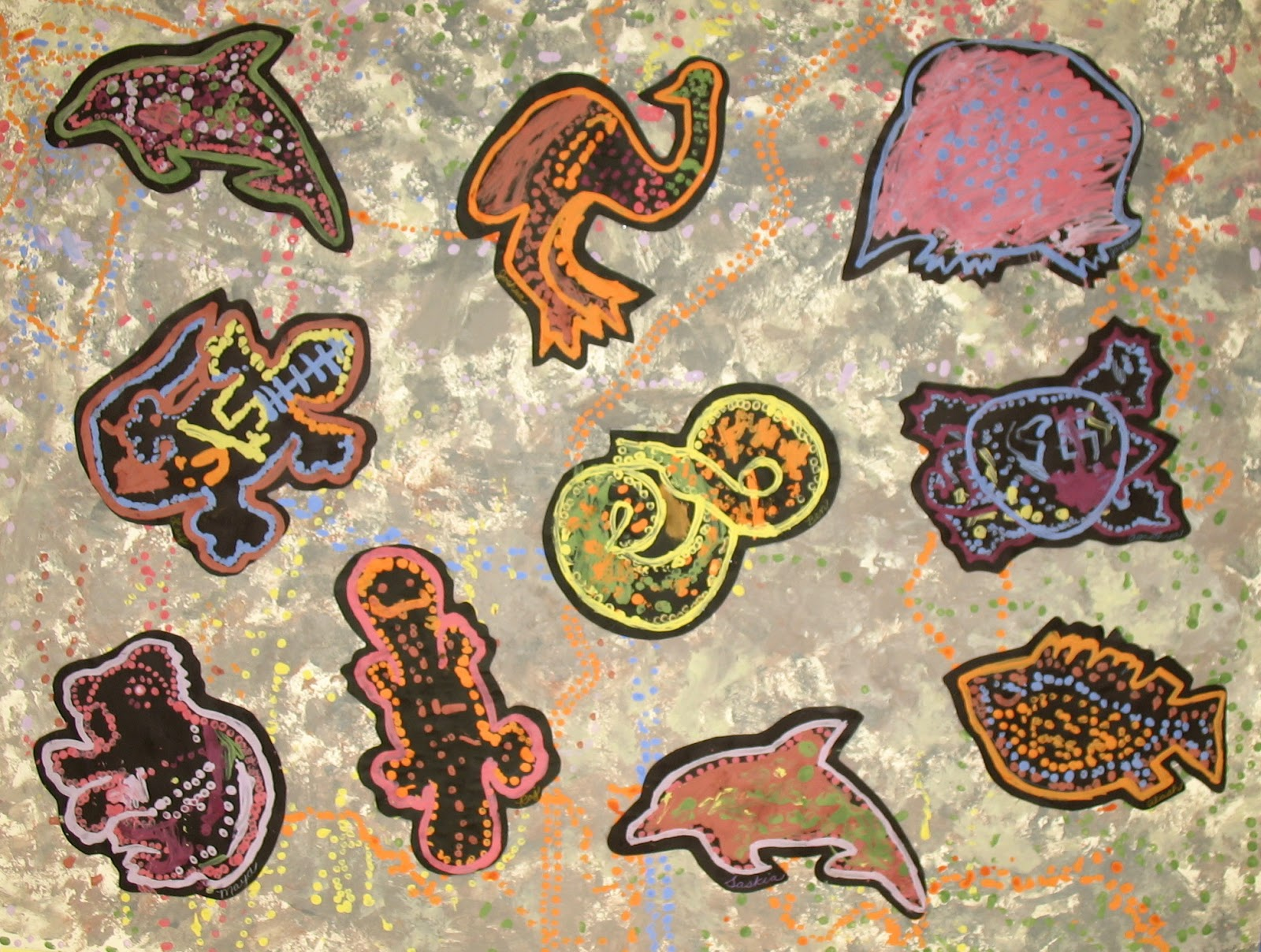 Aboriginal Dot Paintings Animals http://kimberlycheifer.blogspot.com/2012/12/kindergarten-aboriginal-painting.html