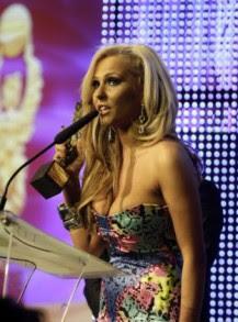 Елена Паришева заряза поп-фолка