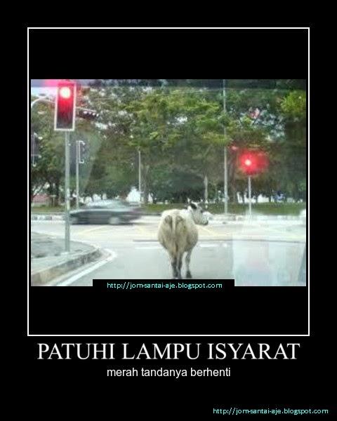 PATUHI LAMPU ISYARAT