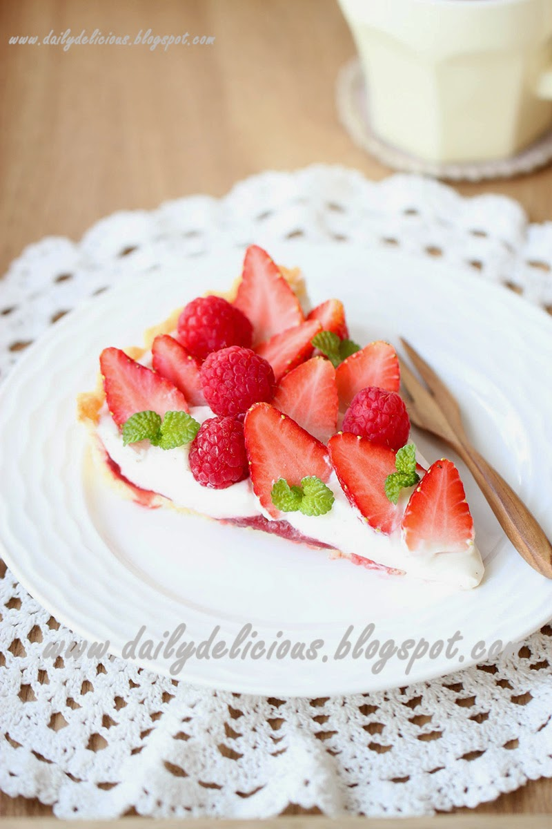 dailydelicious: Strawberry Mascarpone Tart