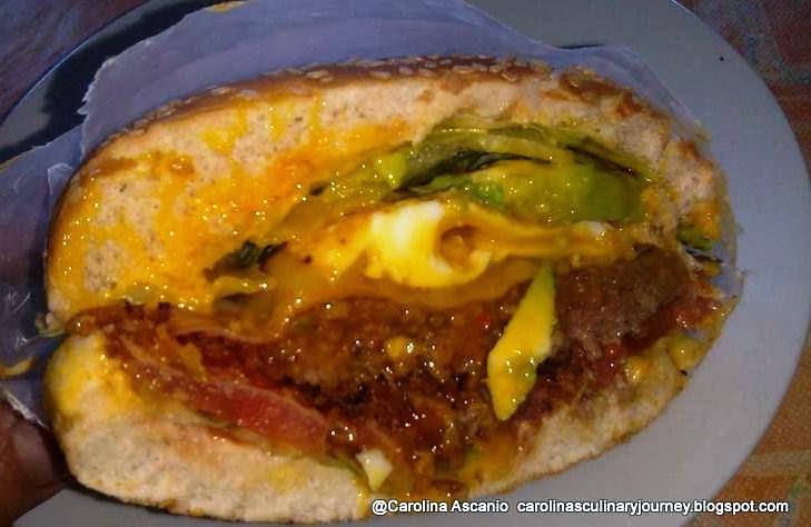 Hamburguesa Venezolana - Venezuelan Hamburguers (Venezuela)
