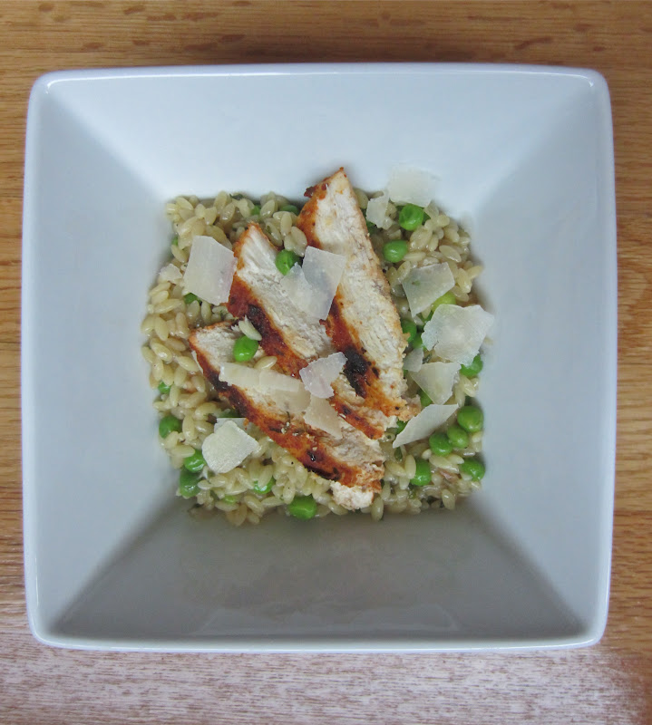Little Mommy, Big Appetite: Parmesan Orzo with Chicken and Peas