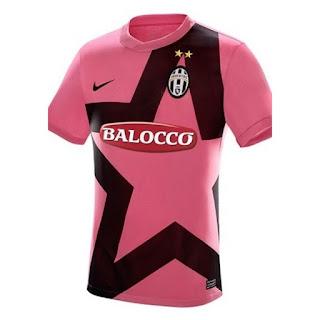 gamabr desain terbaru jersey retro Jersey Retro Juventus Away tahun 2012 kualitas grade aaa di enkosa sport toko online terpercaya