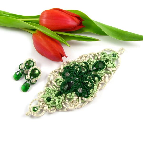 Sutaszowy komplet ślubny w kolorze zielonym