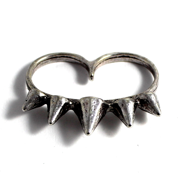 jewelsy silver studded double ring