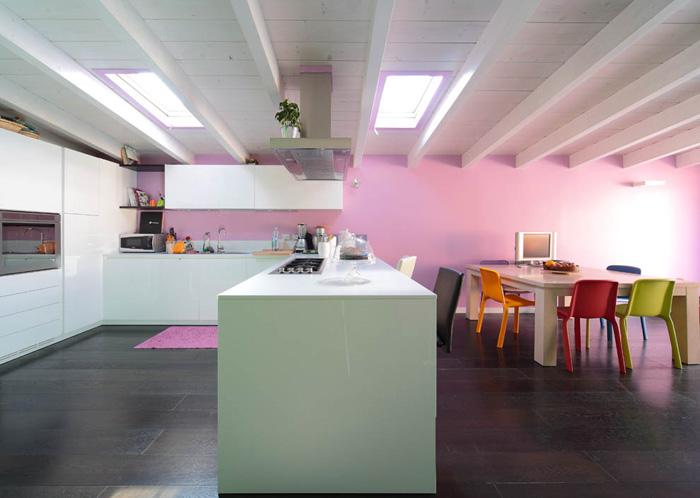 Interior relooking: la cucina con penisola