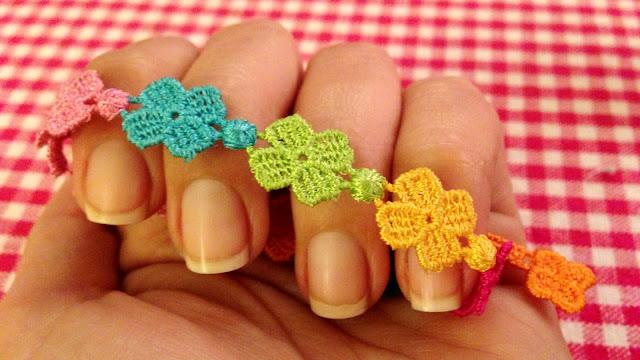 LaCaprichossa, pulseras, suerte, cruciani, manicura, nails, nail art, colours, macramé
