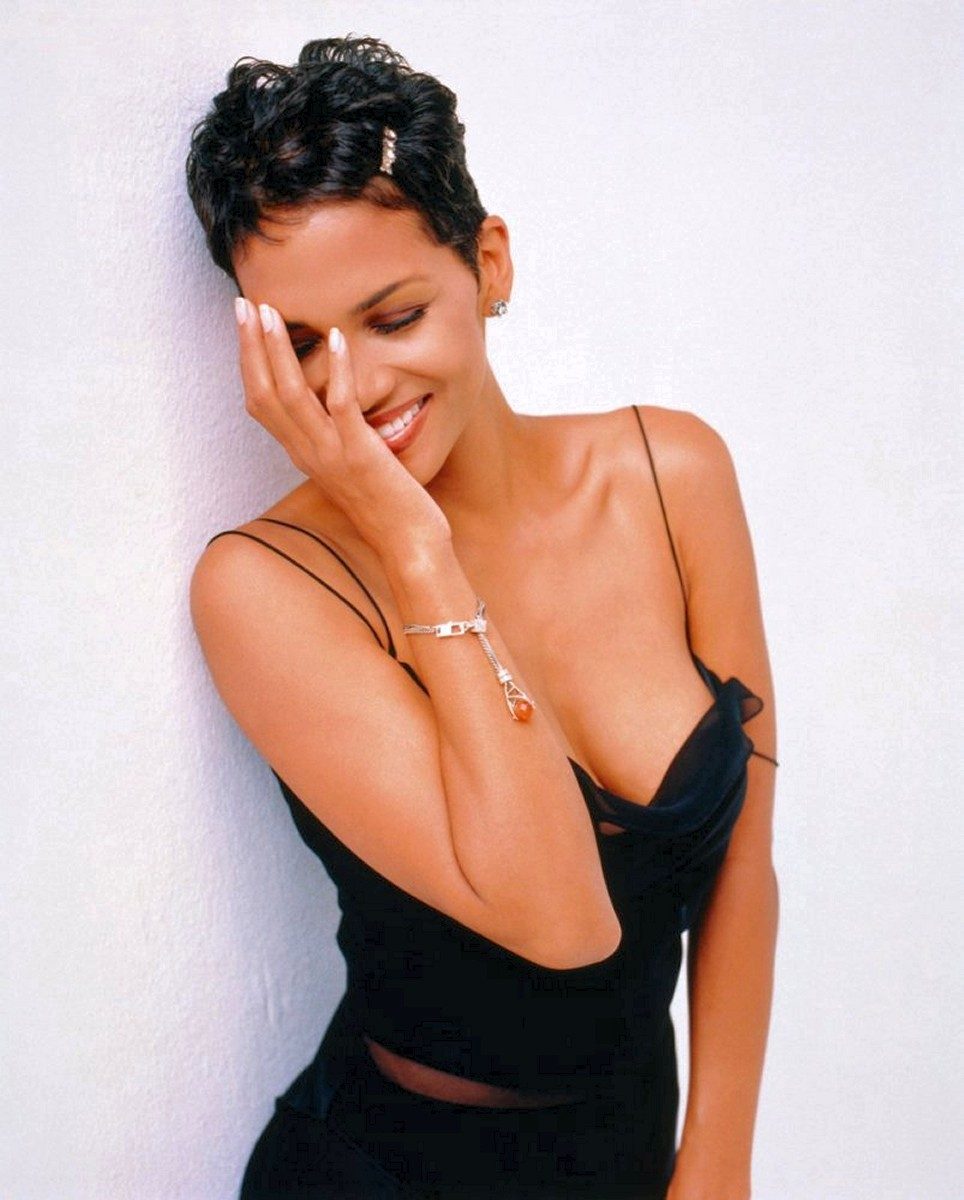 Halle berry sexy movies for