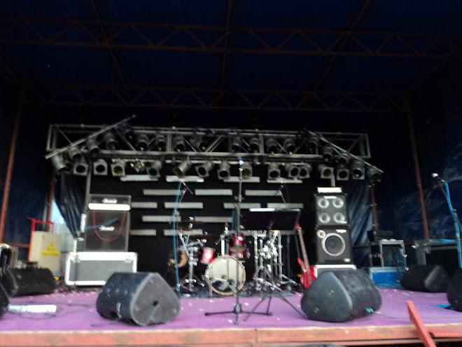 DR.CAVALHEIRO ao vivo tour 2011 festas da vila de pataias pataias