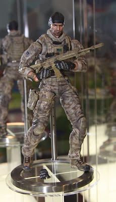 Square Enix Play Arts 2013 Toy Fair Display - Medal of Honor figure