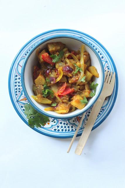 Petits repas entre amis cari vegan d 39 aubergines rhubarbe for Lunch entre amis