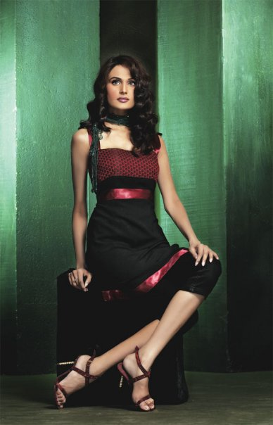 Mehreen Syed Hot Pic or Photo