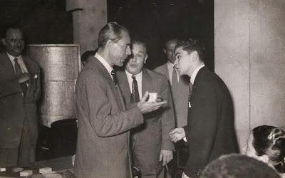 Entrega de medalla a Joaquim Durâo en 1951