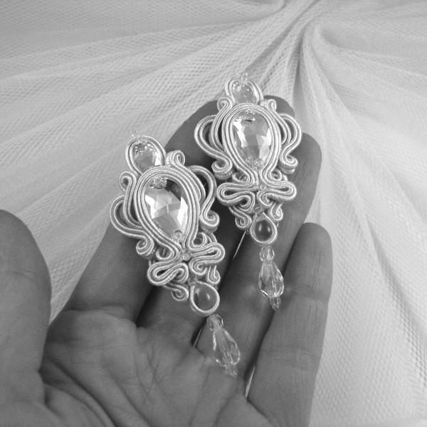 Kryształowe kolczyki ślubne soutache.