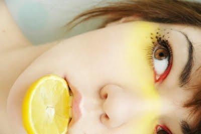 I rimedi casalinghi a base di limone
