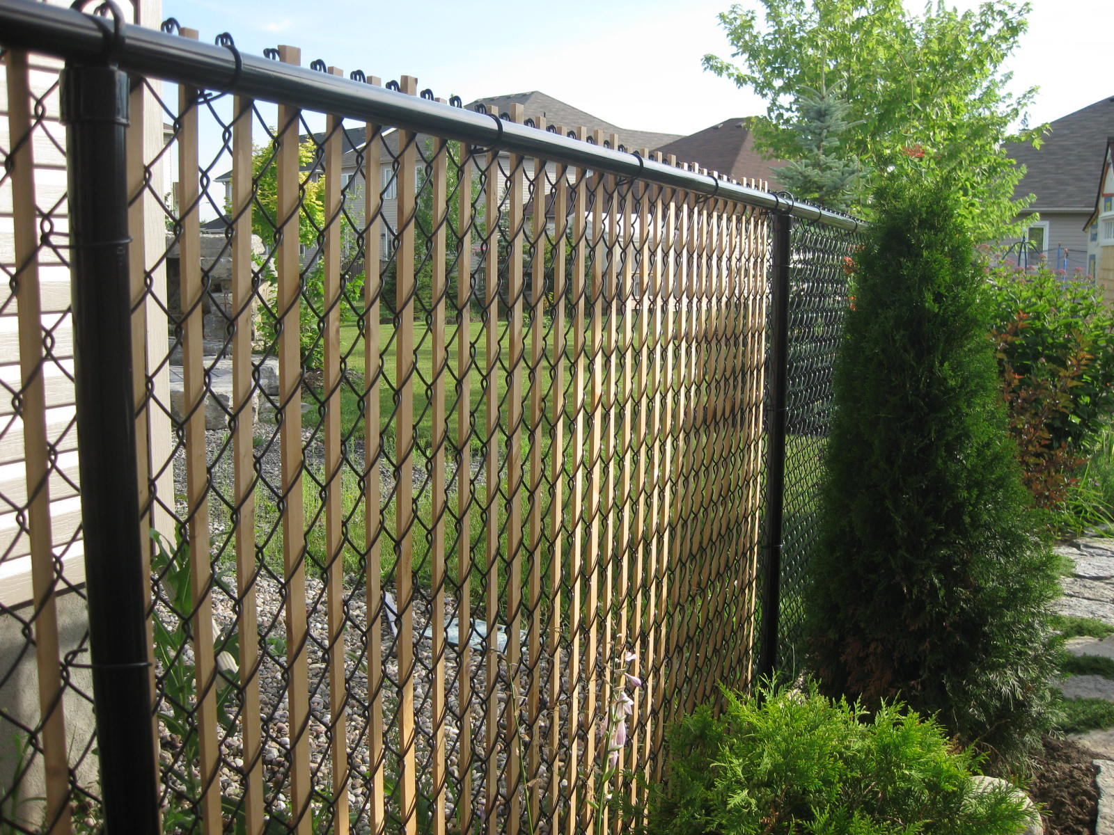 Privacy screen for chain link fence sears - Chain Link Fencing Provides Versatility Without Sacrificing Security