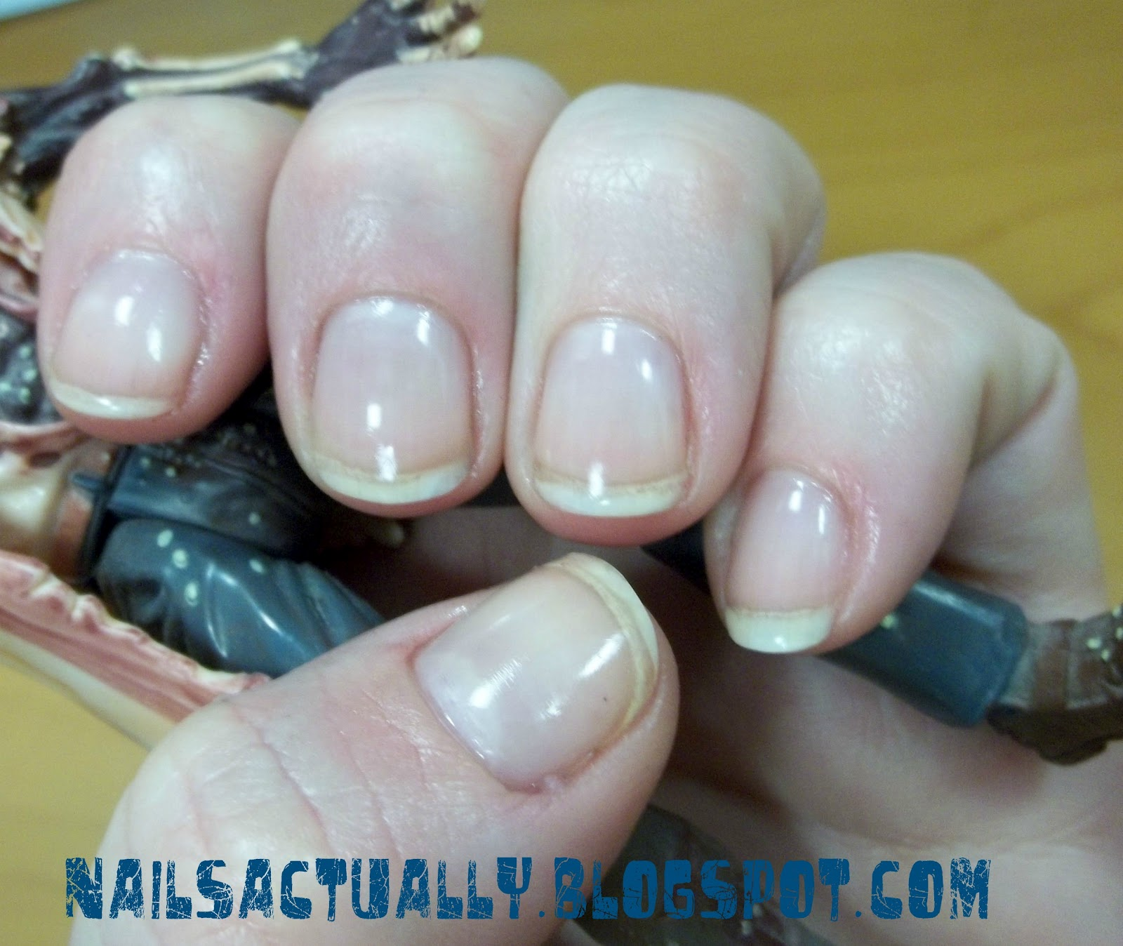 Nails Actually: Review: Knock Out Nails UV Hardening System