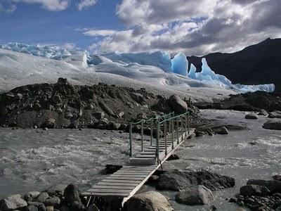 http://2.bp.blogspot.com/-YYbMEMubuhw/T190O1yx6GI/AAAAAAAAh78/7jCYPJhUEHs/s1600/incredible_icebergs_09.jpg