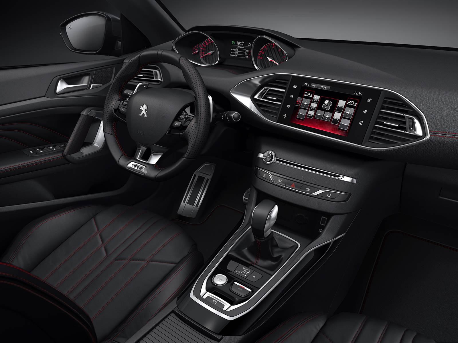 Novo Peugeot 308 GT - interior