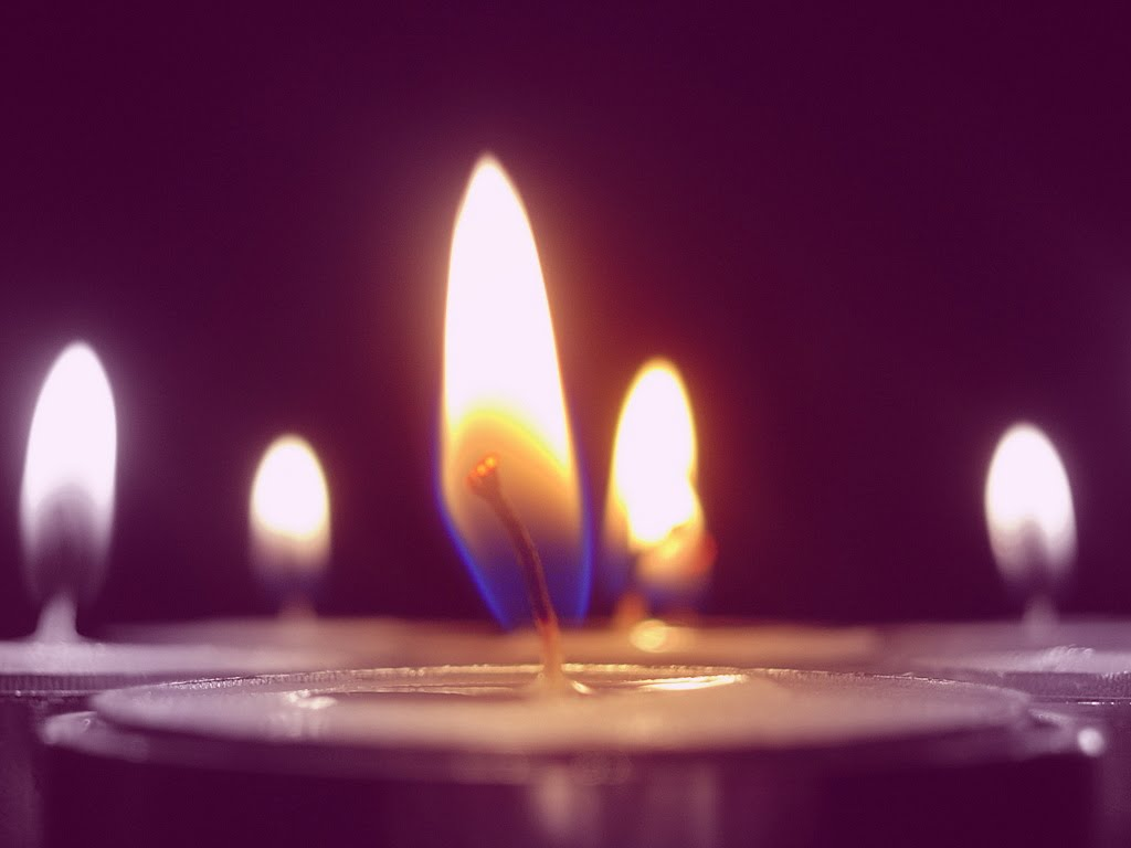 Sob a luz das velas ...