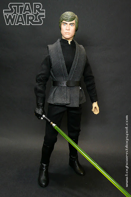 Luke came in the all black Jedi Knight outfit he wore in  Star Wars Episode VI Return of the Jedi . Thereu0027s also the gray vest he wears over the black long ...  sc 1 st  toyhaven & toyhaven: May 4 is Star Wars Day or Medicom RAH Jedi Knight Luke ...