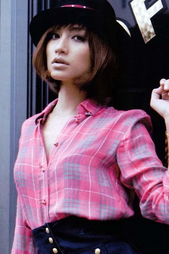 japanese model, singer sada mayumi photo gallery