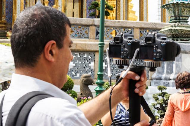 Deux appareils photos au grand palais de bangkok