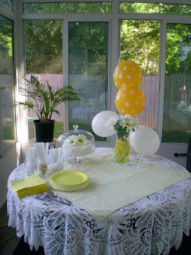 Event Decor- Daisies, Diapers, & Danishes Baby Shower
