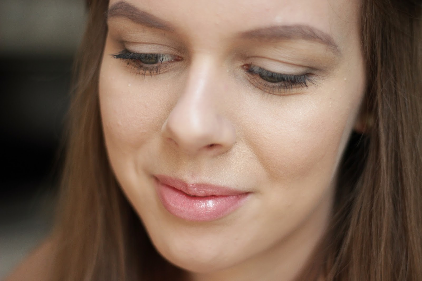 neutral pink makeup look