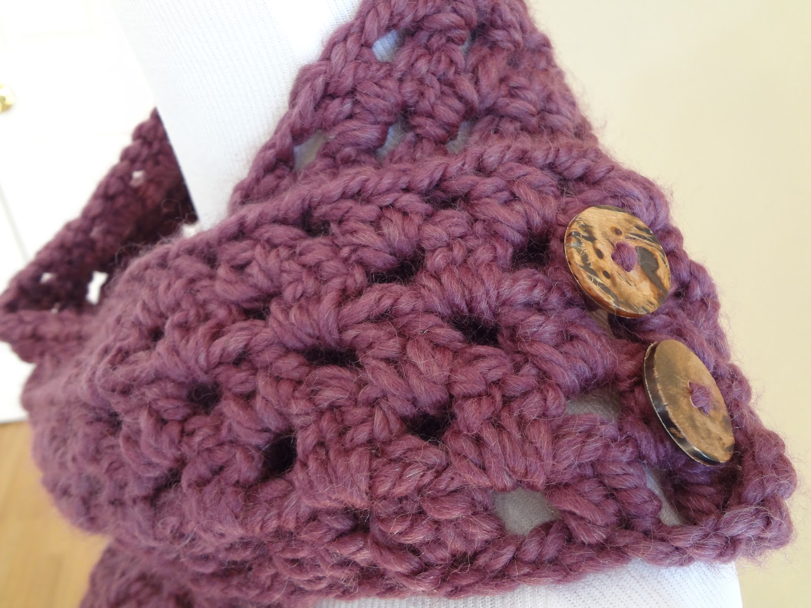 Free Crochet Pattern Button Scarf : Fiber Flux: Free Crochet Pattern...Fiona Button Scarf!