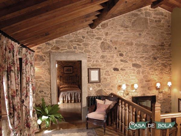 Rustik chateaux casa rural casa de bola en galicia - Casas de piedra gallegas ...
