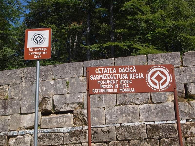 Entrada a Sarmizegetusa Regia